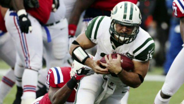 Quarterback experiment ends in PR 'catastrophe' for Jets