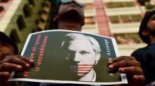 Assange é alvo de mais 17 denúncias nos EUA
