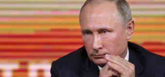 Putin praises Trump, citing stock market gains