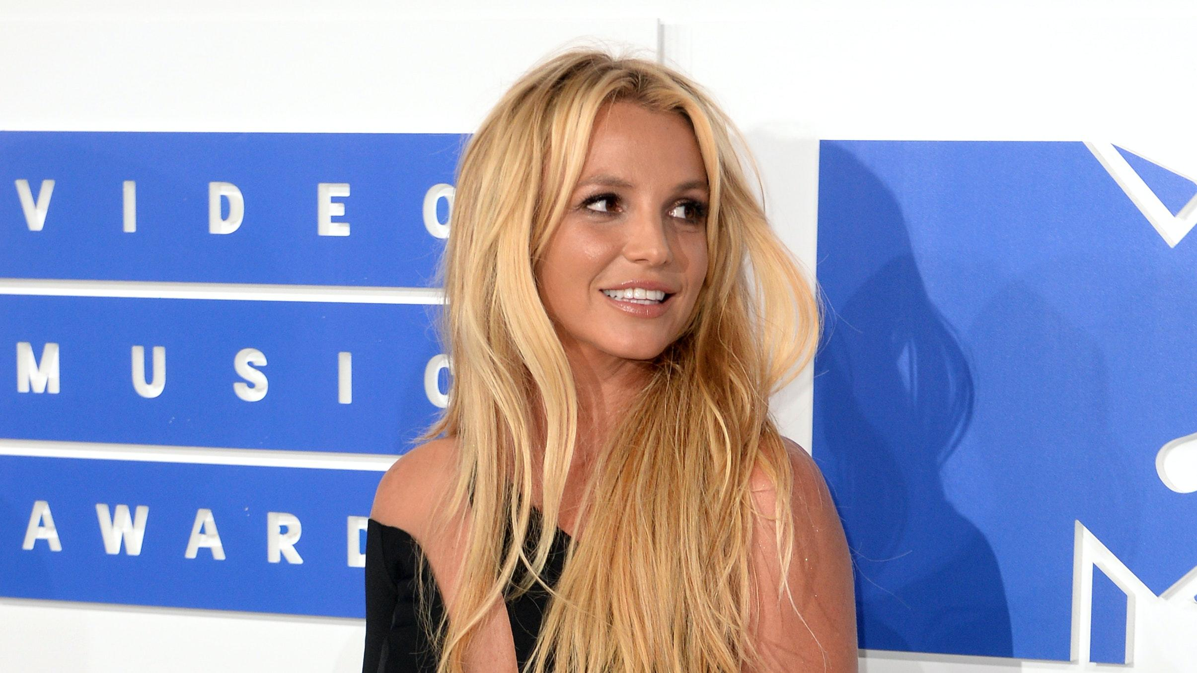 Britney Spears is 'afraid' of her father, court hears