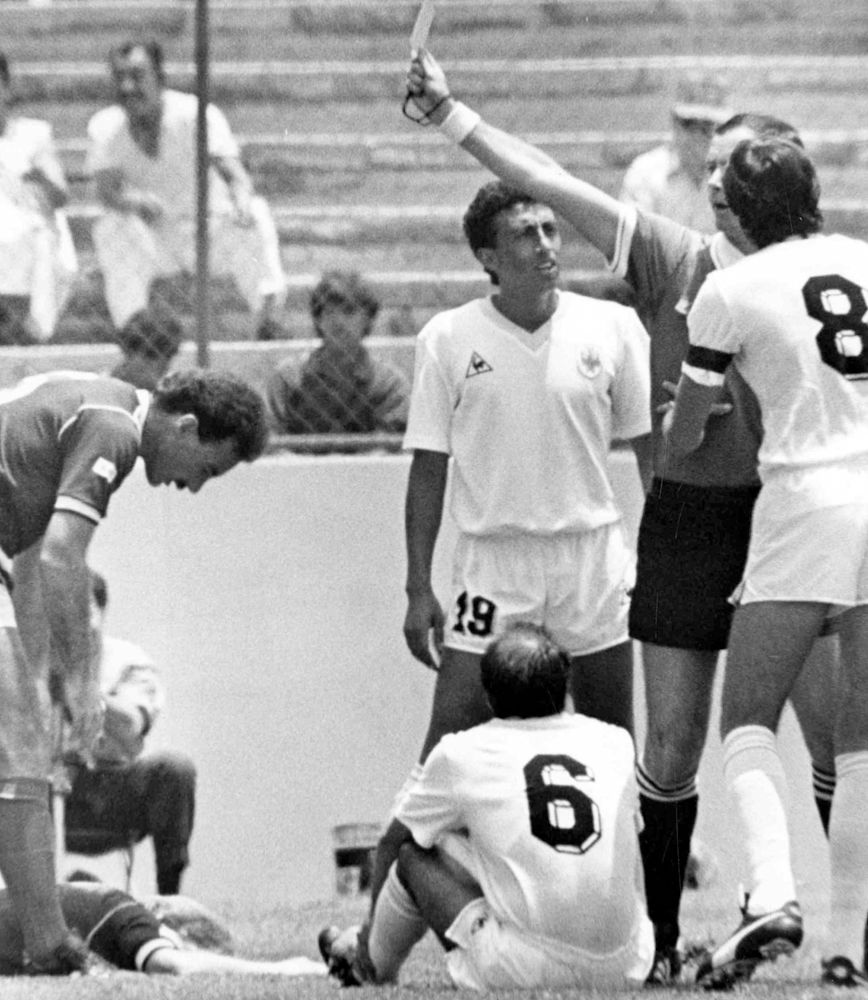 Uruguay's Batista shown fastest red card