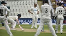 England make steady start in second Test