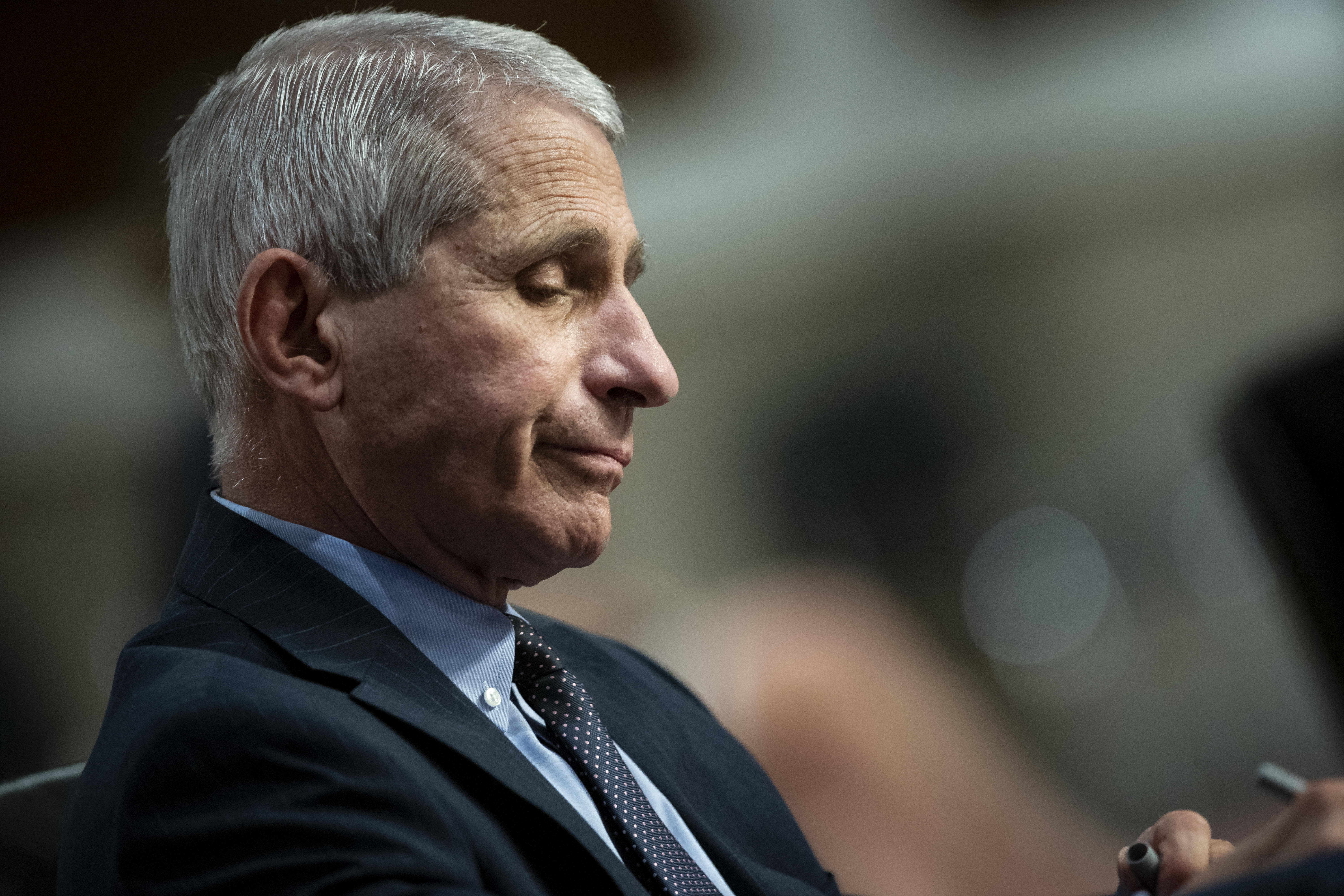 White House targets Fauci after his blunt warnings about coronavirus