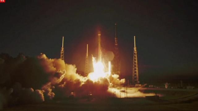 SpaceX rocket lifts off on first commercial satellite launch