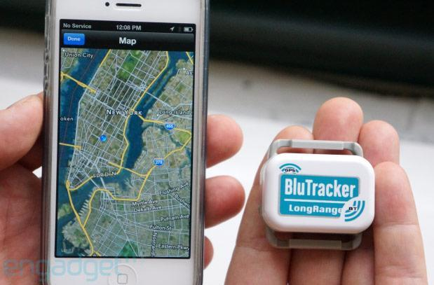 BluTracker lets you locate your stuff within 2,500 feet, we go hands-on (video)