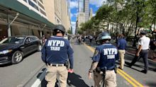 """Grupos de Policía de Nueva York piden un mural de """"Las vidas azules importan"""""""