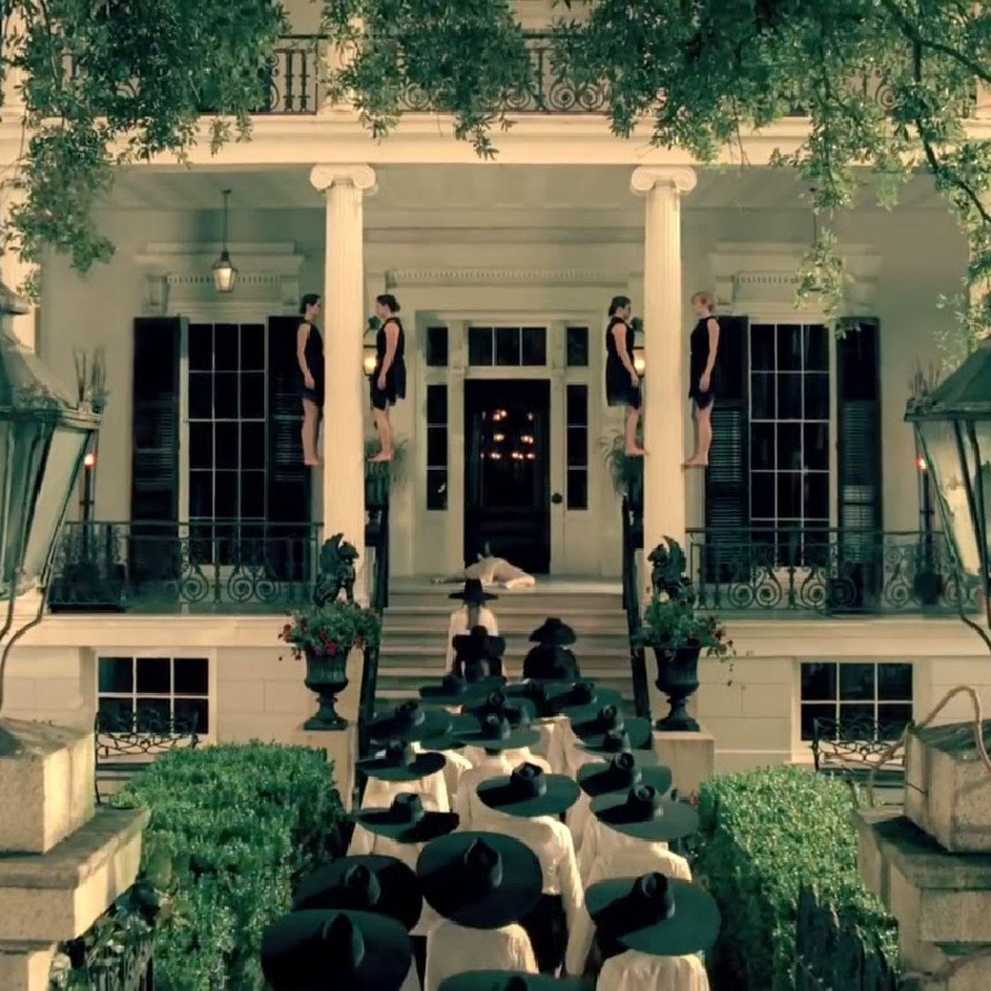 You Can Visit These Iconic 'American Horror Story' Locations
