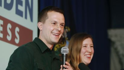 Democrat flips U.S. House seat in Maine