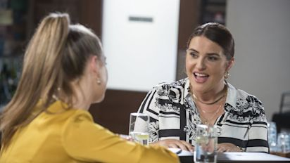 Neighbours spoiler pictures show Elly Conway and Claudia Watkins story come to a head