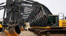 Farm machinery makers, Brazil banks working on private financing - Deere
