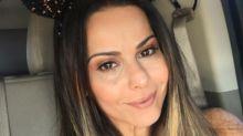 Após o fim de 'Rock Story', Viviane Araújo aproveita viagem para Orlando