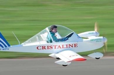 French pilot sets big speed record in tiny electric airplane (video)