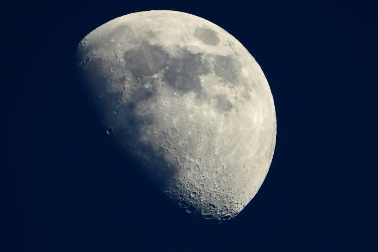 NASA buying Moon dust for $1 – Yahoo News Australia