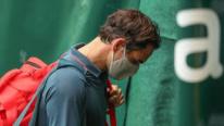 Federer crolla con Auger Aliassime, è fuori ad Halle