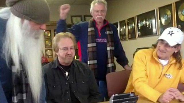 Country music group sings former president to health