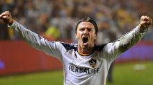 This day in sports: David Beckham makes his debut with Galaxy in 2007