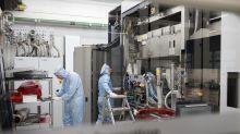 Chip Gear-Maker ASML Forecasts Sales Below Analyst Estimates