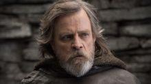 """Mark Hamill diz que """"overdose da Força"""" matou Luke em 'Star Wars' e compara personagem a um viciado"""
