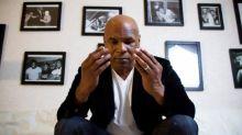 Aksi Konyol Mike Tyson, Suap Polisi Pakai Mobil Mewah Gara-gara Kondom