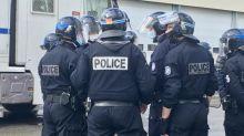 """Photos de policiers placardées dans des immeubles d'Épinay-sur-Seine : une enquête ouverte pour """"actes d'intimidation"""""""
