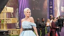 Jenny McCarthy tells Christina Applegate that she wanted to be her when she grew up — but they're only a year apart