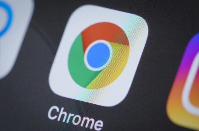 Apple releases an iCloud password extension for Chrome