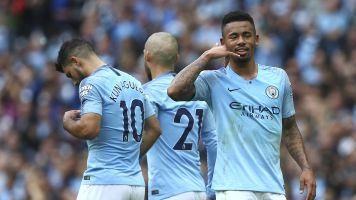 Jesus desencanta, Aguero faz três e City massacra Huddersfield no Inglês