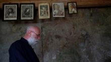 Belgian hermit on Austrian mountain awaits visitors with schnapps
