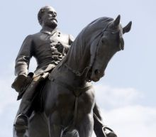 Robert E Lee statue: Virginia governor announces removal of monument
