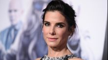 Sandra Bullock donates $1 million to Hurricane Harvey relief fund