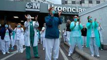 Sanidad confirma que 19.400 profesionales sanitarios están infectados