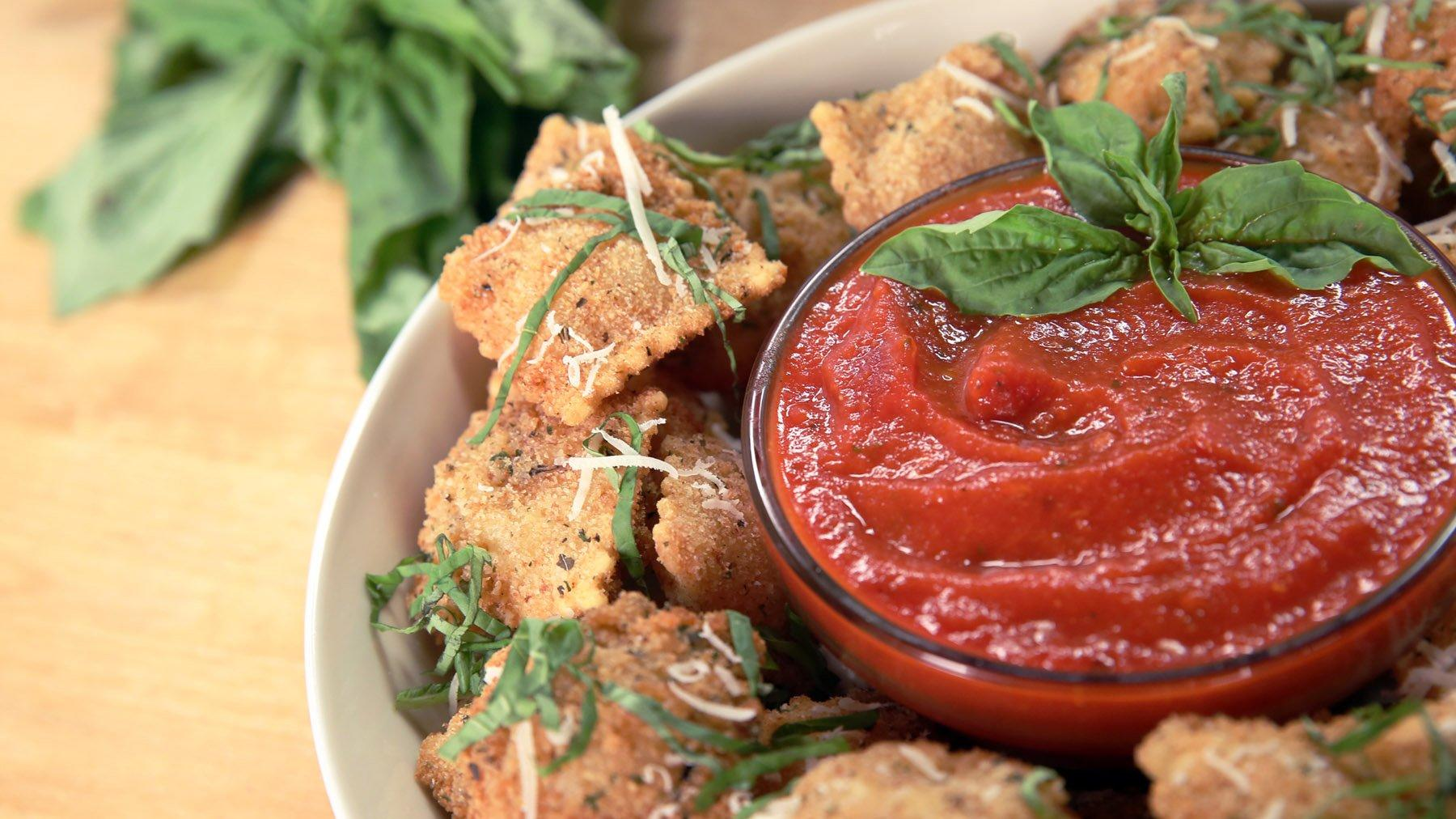 Get The Dish Olive Garden 39 S Toasted Ravioli Video