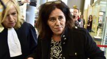 Mãe que escondeu bebê no porta-malas é condenada a cinco anos de prisão na França