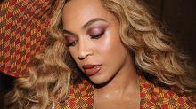 A cuadros y con tocado XL: el 'lookazo' de Beyoncé para empezar el fin de semana