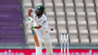 Cricket-Pakistan's Fawad Alam punishes South Africa with century
