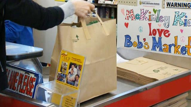 Calif. shoppers embrace plastic bag ban
