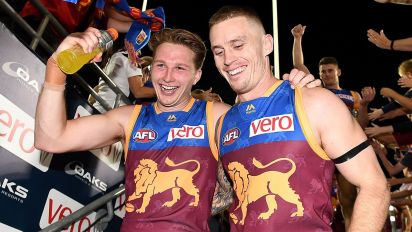 Footy world's beautiful support for Dayne Beams