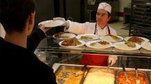 Malgré la forte demande des Français, il n'y a que 3% de produits bios dans les cantines scolaires ou au travail