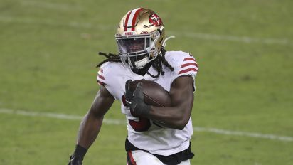 Bold fantasy predictions: 49ers find more RB magic