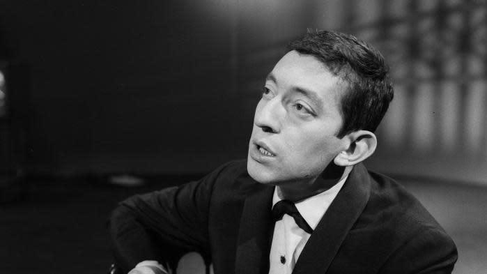 """Michel Gondry dévoile un clip inédit de """"La Chanson de Prévert"""" en hommage à Serge Gainsbourg, son inspiration de jeunesse"""