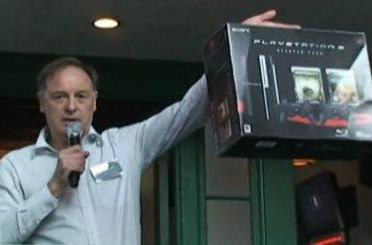 David Reeves likens PS3 to airplanes, explains 80GB SKU acceptance