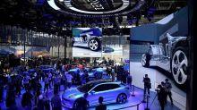 Chine: le buzz des véhicules électriques au salon de l'auto à Pékin