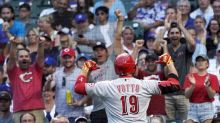 Votto extends power surge, Reds roll past Cubs 8-2