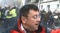 Raw: French protesters scuffle over gay marriage