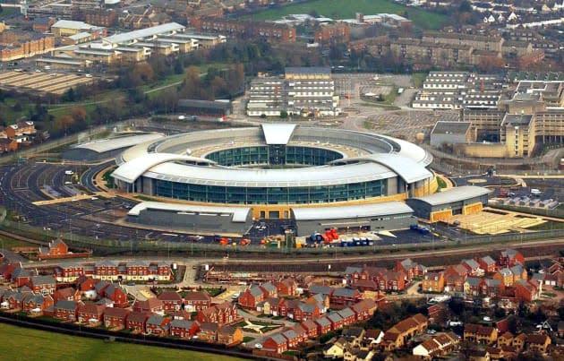 UK government should retain mass surveillance powers, says report