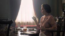 Isabel II sufre una crisis emocional al llegar a la madurez en el tráiler de la tercera temporada de The Crown