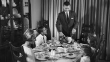 How to Handle Talking About Politics When You're Home for the Holidays