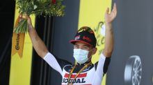 Ewan wins Tour's Stage 11, Sagan relegated, Roglic in yellow