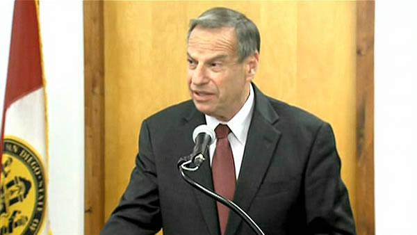 San Diego mayor to get therapy amid scandal