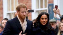 """El susto de Meghan Markle y el príncipe Harry: reciben un sobre """"sospechoso"""""""